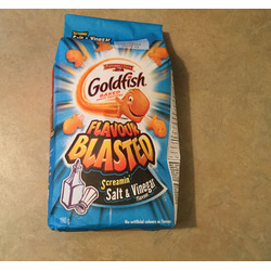 Goldfish flavor blasted screamin' salt & vinegar