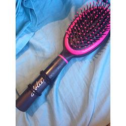 Jolie hairbrush