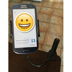 Aduro solid grip adjustable universal smartphone stand