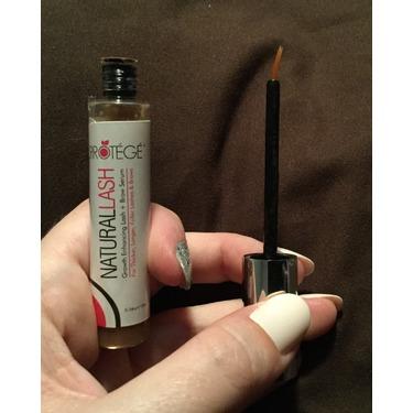 NaturalLASH Eyelash Growth Product