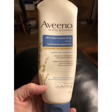 AVEENO Active Naturals Skin Relief Moisturizing Lotion Fragrance Free