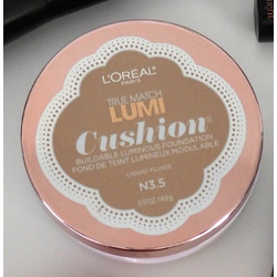 L'Oreal Lumi Cushion Foundation