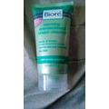Biore Warming Anti-Blackhead Cream Cleanser