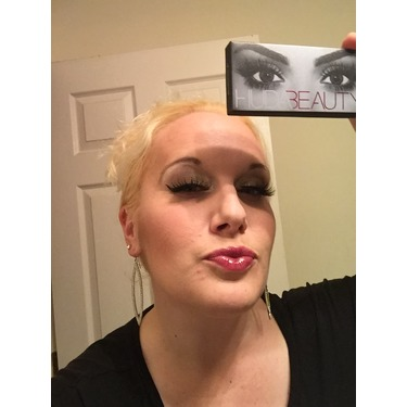 Huda Beauty Lashes #7 Samantha