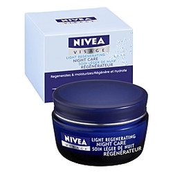 NIVEA Visage Light Regenerating Night Care