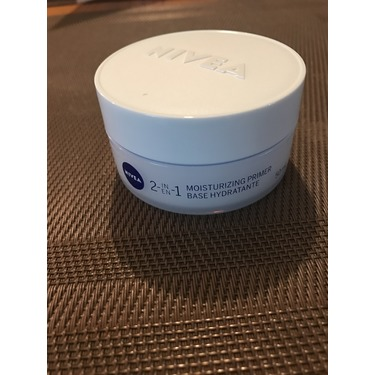 NIVEA 2-in-1 Moisturizing Primer Dry to Sensitive Skin