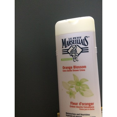 Le Petit Marseillais Extra Gentle Shower Crème in Orange Blossom