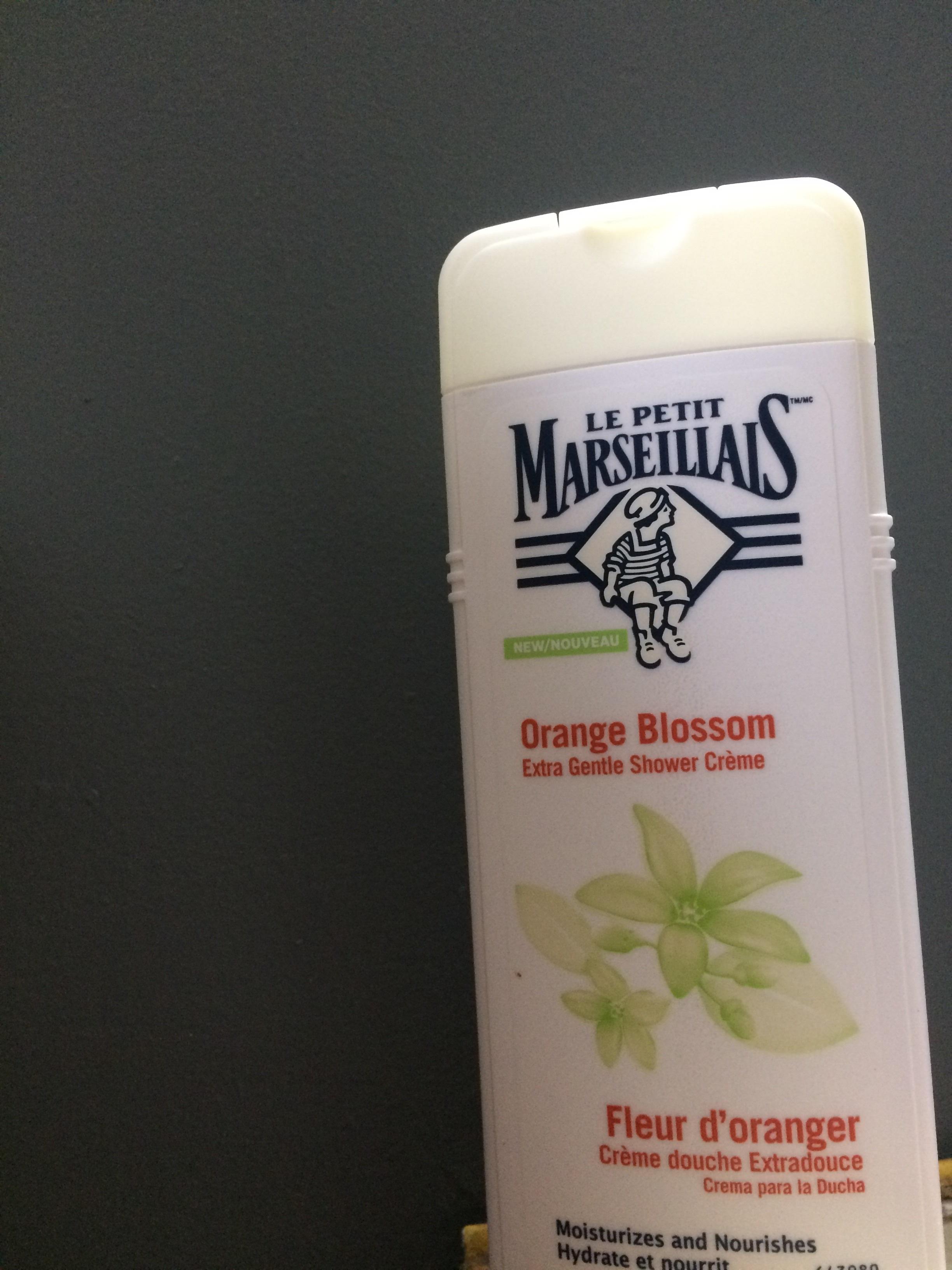 Le Petit Marseillais Extra Gentle Shower Cr 232 Me In Orange