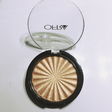 OFRA Beverly Hills Highlighting Compact