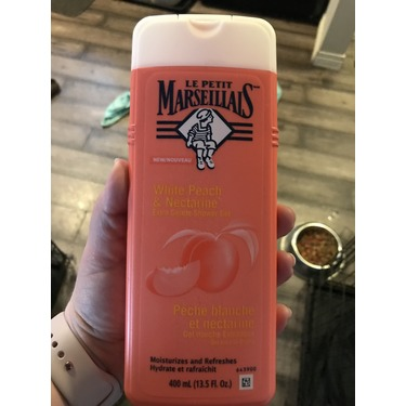 Le Petit Marseillais White Peach & Nectarine Extra Gentle Shower Gel