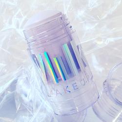 Milk Makeup Supernova Holographic Illuminating Stick