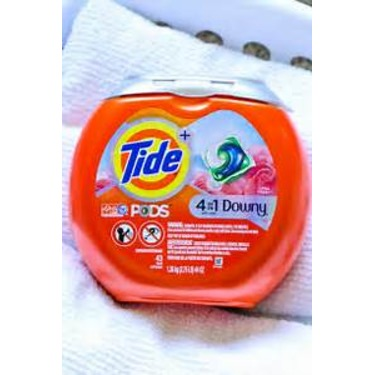 Tide pods 4 in1with downy