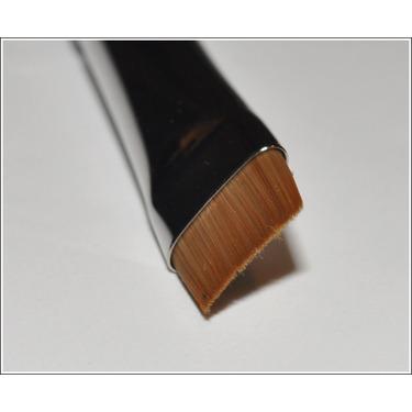 MAC Cosmetics 212 Flat Definer Brush