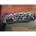 Foster grant glasses case