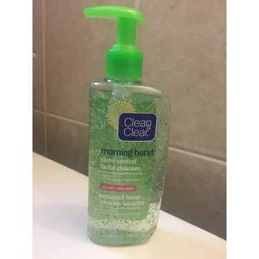 Clean & Clear Morning Burst Shine Control Facial Cleanser