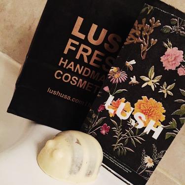 LUSH Cosmetics Scrubee