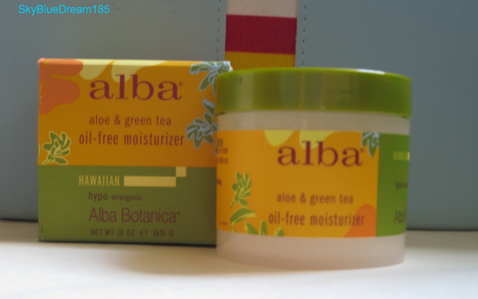 Alba botanica oil free moisturizer