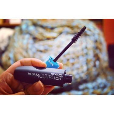 Revlon Mega Multiplier™ Mascara