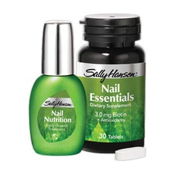 Sally Hansen Nail Nutrition Daily Growth Treatment