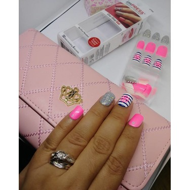 imPresss Gel Press On Manicure