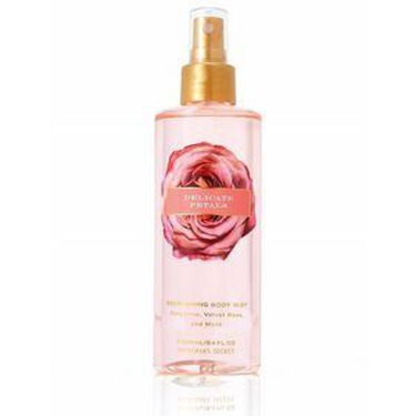 Victorias Secret Delicate Petals Body Mist