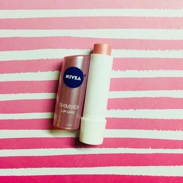 Nivea Shimmer Radiant Lip Care