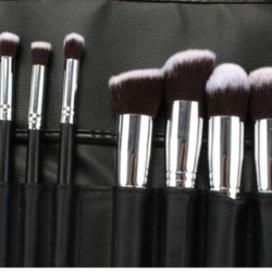 AOA Studio Hi-def brush