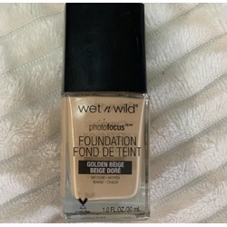 Wet N wild photo focus liquid foundation