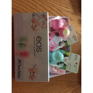 eos Organic Smooth Spheres Lip Balm in Sweet Mint