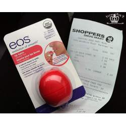 eos Organic Sphere Lip Balm in Summer Fruit