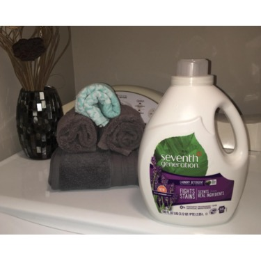 Seventh Generation Liquid Laundry Detergent - Lavender & Blue Eucalyptus Scent