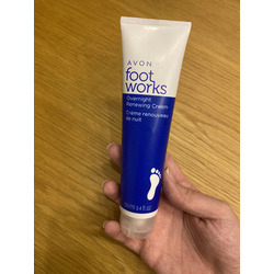 Avon foot works overnight renewing cream