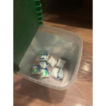Cascade Complete ActionPacs Dishwasher Detergent Soap