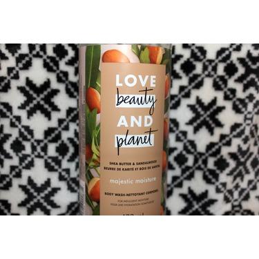 Love Beauty & Planet Shea Butter & Sandalwood Majestic Moisture Body Wash