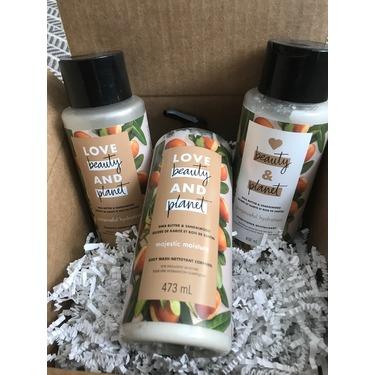 Love Beauty & Planet Shea Butter & Sandalwood Purposeful Hydration Conditioner