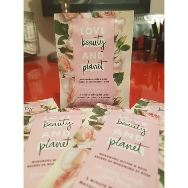 Love Beauty & Planet Murumuru Butter & Rose Blooming Strength and Shine 2 Minute Magic Masque
