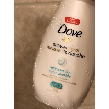 Dove Shower Foam Sensitive Skin