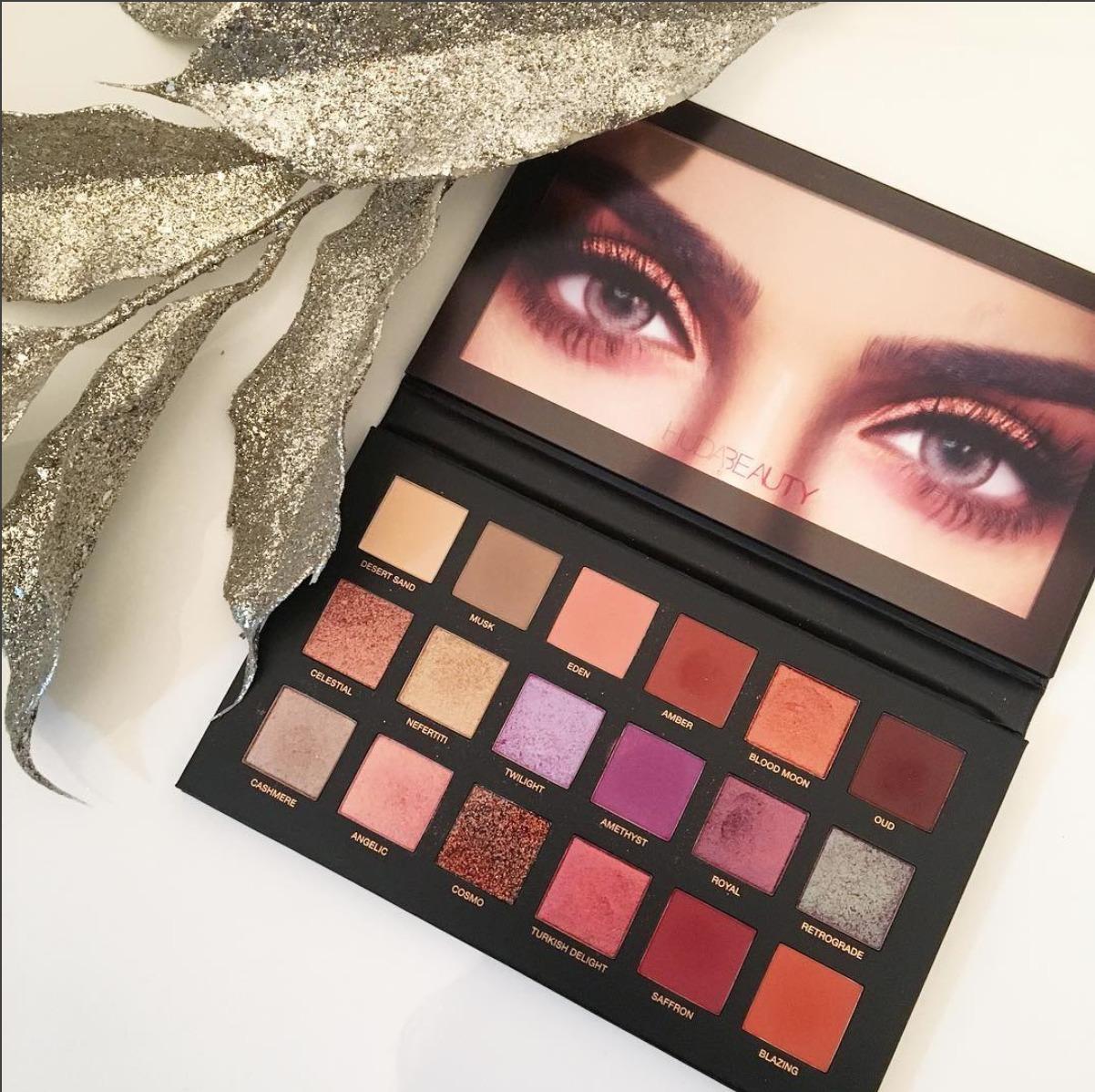 Палетка теней HUDA BEAUTY Desert Dusk Eyeshadow Palette