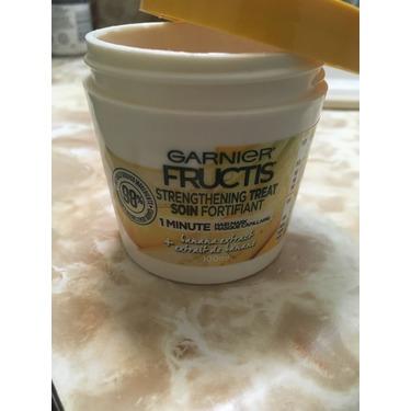 Garnier Fructis Strengthening Treat 1 Minute Hair Mask with Banana Extract