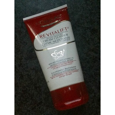 L'Oreal RevitaLift Radiant Smoothing Cream Cleanser..