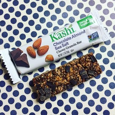 Kashi Chewy Granola Chocolate almond sea salt