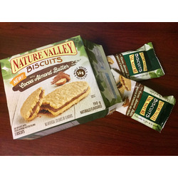 Nature Valley Cocoa Almond Butter Biscuit Sandwich