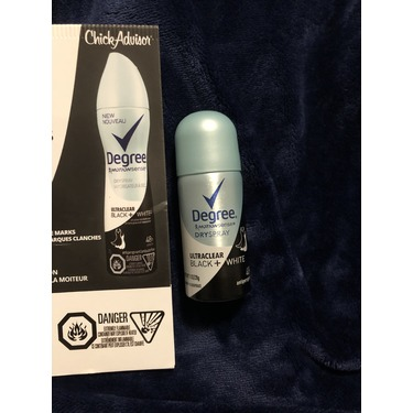 Degree Women® Ultraclear Black + White® Pure Rain® Dry Spray Antiperspirant