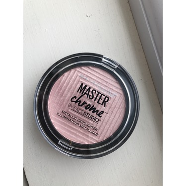 Maybelliene master chrome highlighter
