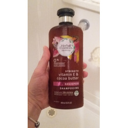 Herbal Essences Bio Renew Strength Vitamin E & Cocoa Butter Shampoo