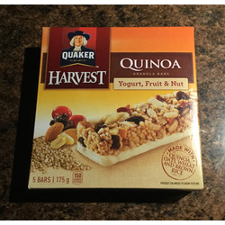 Quaker harvest quinoa yogurt, fruit & nut granola bars