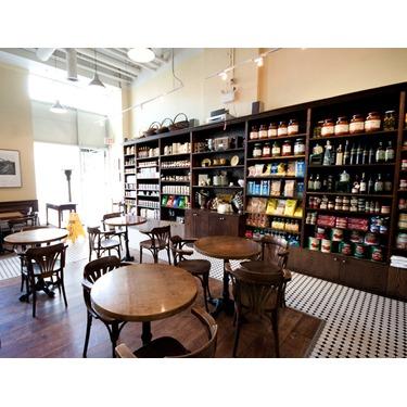 Le Gourmand - 152 Spadina Avenue