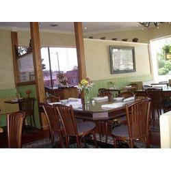Inn Season Cafe