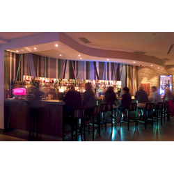 Flow Restaurant and Lounge