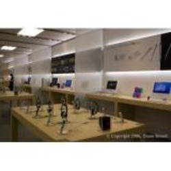 The Apple Store - Laval